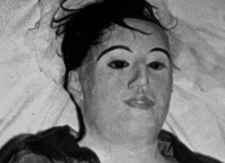 Detalle del cuerpo sin vida, profanado y deformado de María Elena Milagros Hoyos