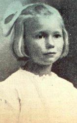 May Pierstoff, la niña enviada por correo postal en 1914.