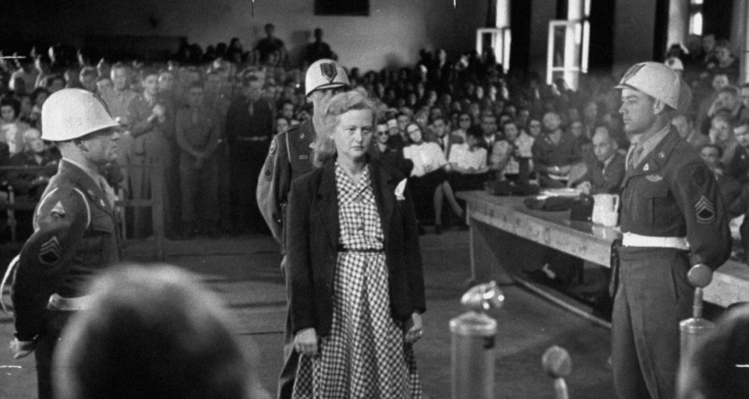 Ilse Koch durante los juicios de Dachau